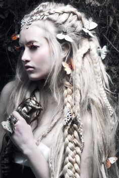 LOVE This Hair Omgosh If I Could Somehow Do Something Like This
