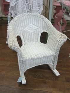 rocker outdoor chairs lounge chair towel clips 1000+ images about wicker rocking on pinterest   chair, and white ...