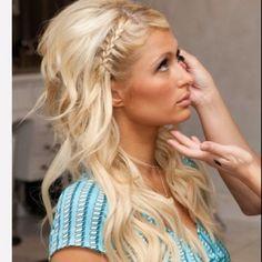 Big Teased Hair Big BUT I Don't Like Heidi Klum She Is Pretty I