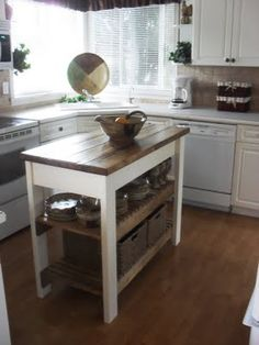 1000 Ideas About Rolling Kitchen Island On Pinterest Kitchen Islands Butcher Block Top And