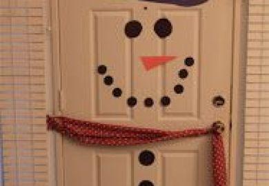 Ideas About Snowman Door On Pinterest Door Hangers