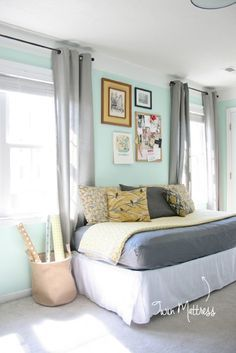 What A Great Idea! Turn A Full Size Bed Into A Couch Bedroom