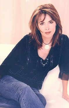 Days Of Our Lives Kate Roberts Hairstyles Lauren Koslow Bio