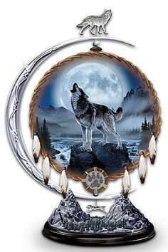 1000 images about Wolf decorations on Pinterest  Wolves Pillows for couch and Mahogany brown