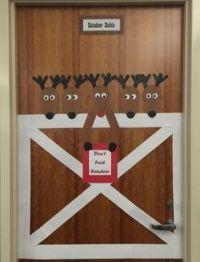 reindeer stable decoration | Christmas door/ reindeer ...