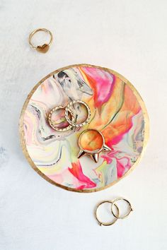 DIY: marbled ring di