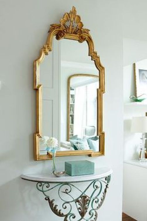 Those Gold Mirrors! Love the combination of gold and white and fresh colours in this space. Sarah Richardson
