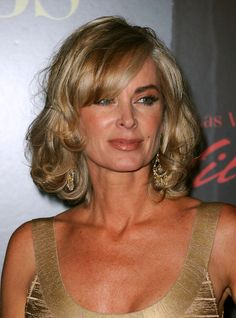 EILEEN DAVIDSON'S Hair Has All 3 COLOR CUT And STYLE!!! I'm