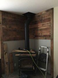 Pallet wall behind wood stove | FUN to DIY | Pinterest ...