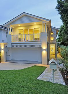 A Beautiful Hampton Style Home Completed In Sydney North