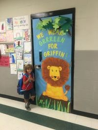 Lion bulletin boards, Bulletin boards and Lion on Pinterest