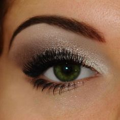 How to apply makeup on small eyes with hooded eyelids (deep-set eyes)