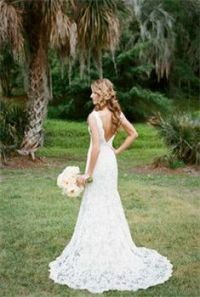 country bride // photo by Kina Wicks // http://ruffledblog ...