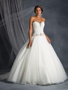 Wunderschöne Brautkleider Kaufen Online Kleider Pinterest