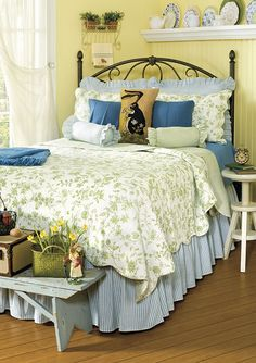 Blue And Yellow Farmhouse Bedroom Yellow Bedrooms Blue Yellow