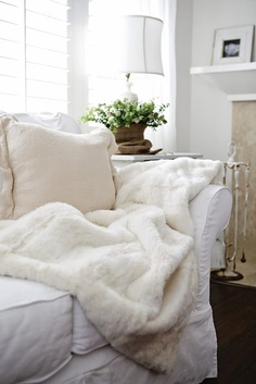 1000 images about Warm fuzzy blankets on Pinterest