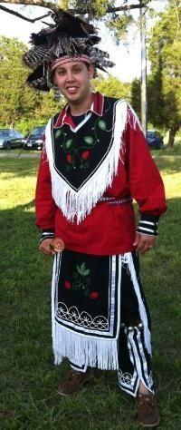 Iroquois regalia People Iroquois Pinterest