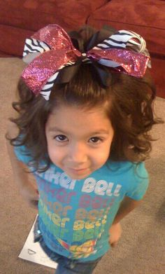 Love The Bow And Love The Curls What Could Go Wrong!! Cheer