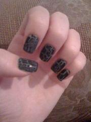 1000 crocodile nail