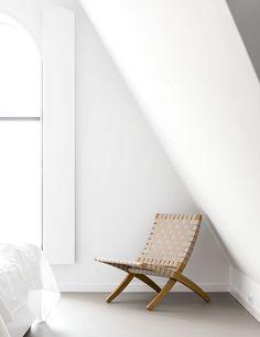 Minimalist white bed