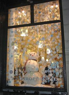 40+ Stunning Christmas Window Decorations Ideas All About