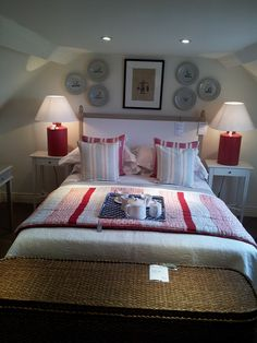 New England Style Bedroom Layout Okadirect Broadway Makes Us Want To Redecorate