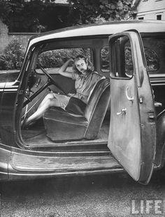 1944- Actress Jinx Falkenburg in oxygen mask as she ...