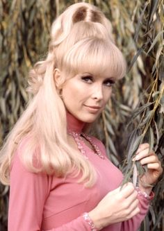 Barbara Eden I Dream Of Jeannie Jeannie Pinterest Barbara