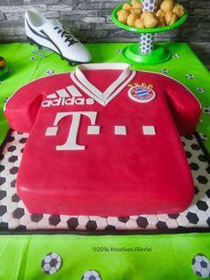 Jennys Backwelt Bayern Mnchen Torte  Kitchen   Pinterest  Bayern und Torte