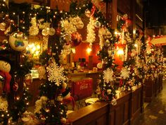 1000 Images About Christmas Village Ideas On Pinterest Christmas Villages Christmas Village