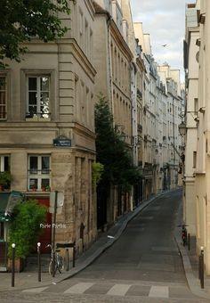 Latin Quarter, Quai