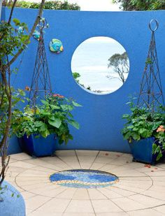 Striking Garden Wall Interessante Blou Tuinmuur #Garden #Wall