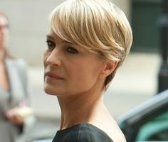 Claire Underwood House Of Cards Pinterest