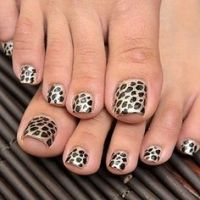 1000+ images about Nails - Toes on Pinterest | Toe nail ...