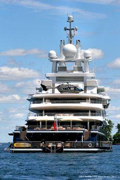 VanGo Mega Yacht Vineyard Haven Oprah Winfrey Rumored