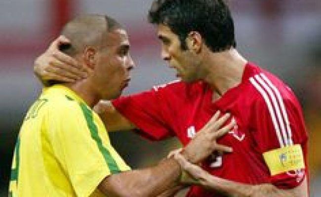 Ronaldo Luís Nazário De Lima With Youri Raffi Djorkaeff