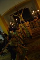 Via Crucis de la Juventud 2014 saliendo de la parroquia de San Agustín