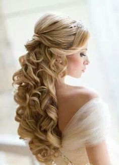 A Hairdo For The Classy Wedding Dress Or Unique Couture Dress Like