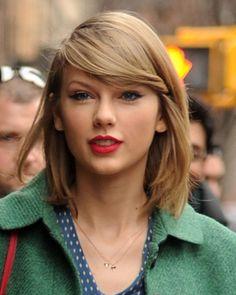 Taylor Swift Debuts New Single 'Shake It Off' Swift Short