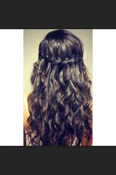 Hairstyles For Quinceaneras Damas Hairstyles Fashion Styles