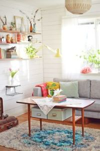 Retro Living Rooms on Pinterest