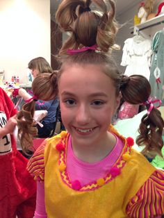 Cindy Lou Who Hairdo! How The Grinch Stole Christmas! Great For