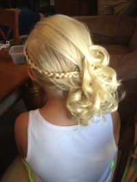 1000+ ideas about Junior Bridesmaid Hairstyles on ...