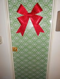 6 Ways To Decorate Your Dorm For Christmas