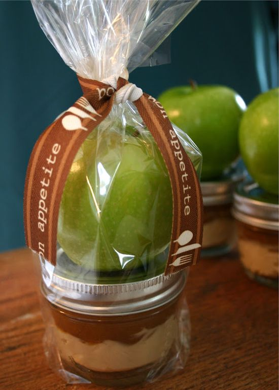 Awesome Co-Worker Gifts! Apple with Caramel Cream Cheese Dip