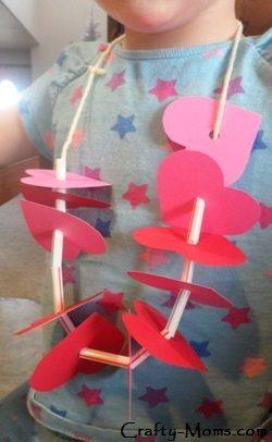 This fun heart necklace is a great Valentine's Day project for preschoolers