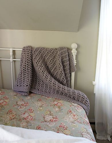 Super chunky lace knit blanket. COZY!