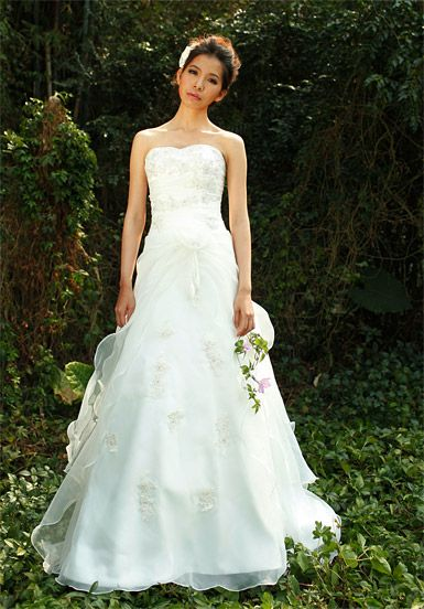 Strapless Falbala Wedding Dress with Hand Made Flower