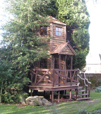 Shanty tree house