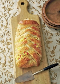 Braided brunch loaf stuffed with scrambled eggs